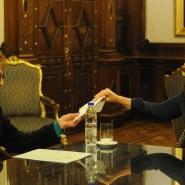 Cristina con Nelly Omar