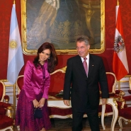 Cristina Fernández de Kirchner, junto al al presidente austríaco, Heinz Fischer