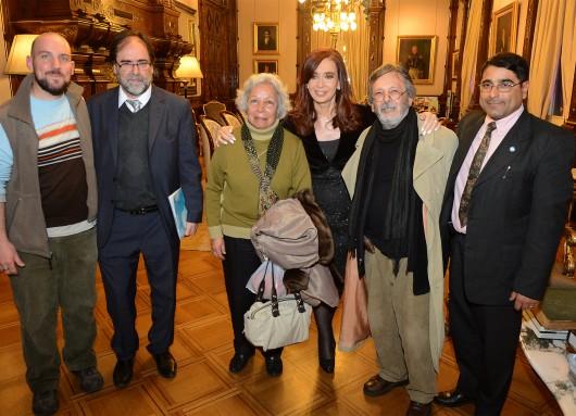 Cristina recibió a integrantes de la asociación civil del Museo Ambato de La Falda
