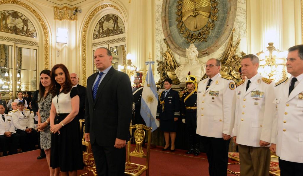 La Presidenta encabezó la ceremonia de ascenso de oficiales superiores de las Fuerzas de Seguridad.