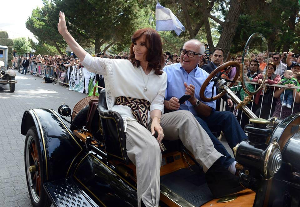 CFK en El Calafate: Celebración por el 137º Aniversario del Bautismo del Lago Argentino.