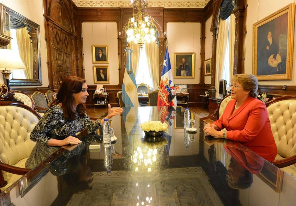 Michelle Bachelet y CFK relanzaron el Tratado de Maipú