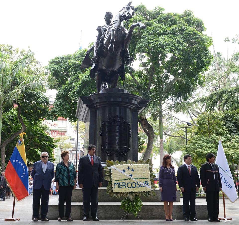 Cristina en la reunión de Mercosur en Venezuela.
