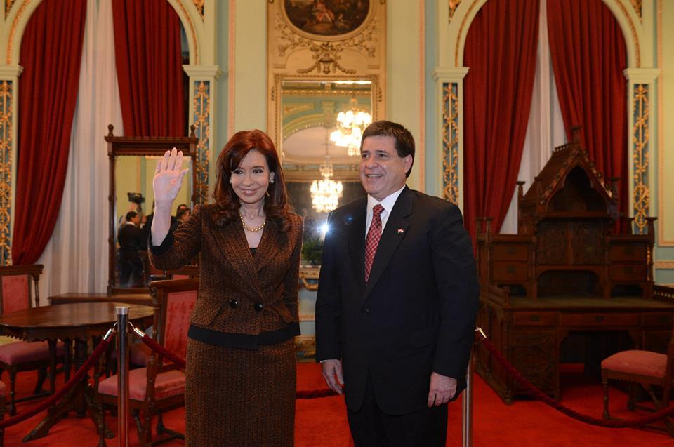 Visita oficial a Paraguay.