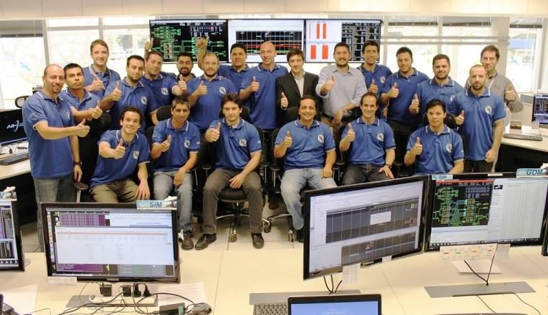 Equipo de operaciones satelitales de ARSAT
