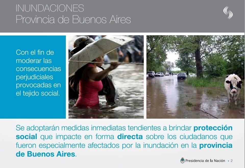 Ayuda a damnificados por inundaciones.