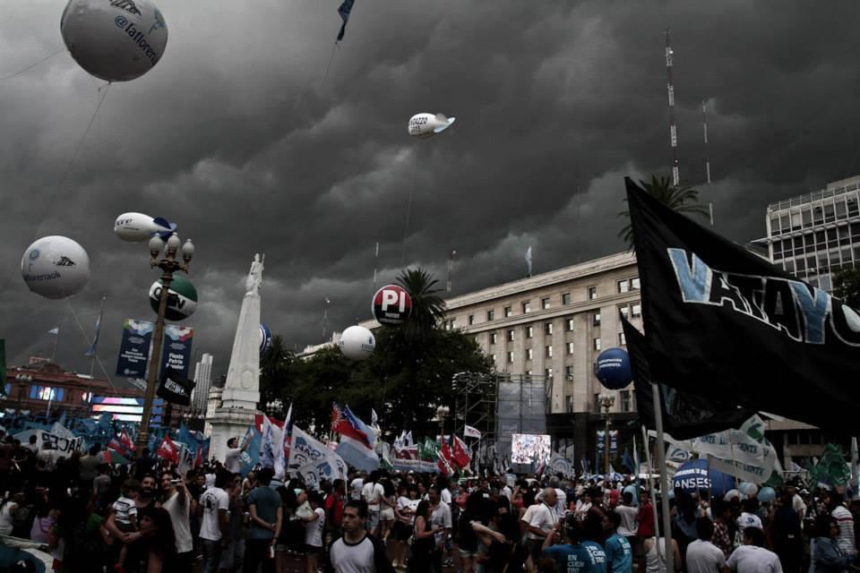 Feliz Cumpleaños Democracia Argentina.