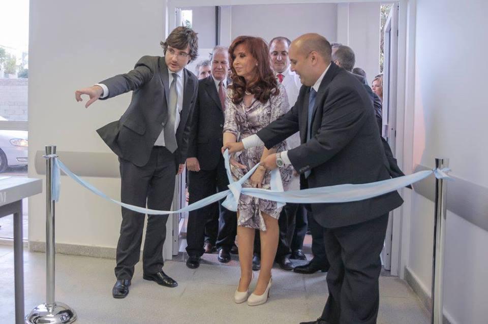 CFK inauguró obras del Hospital Municipal de Morón.