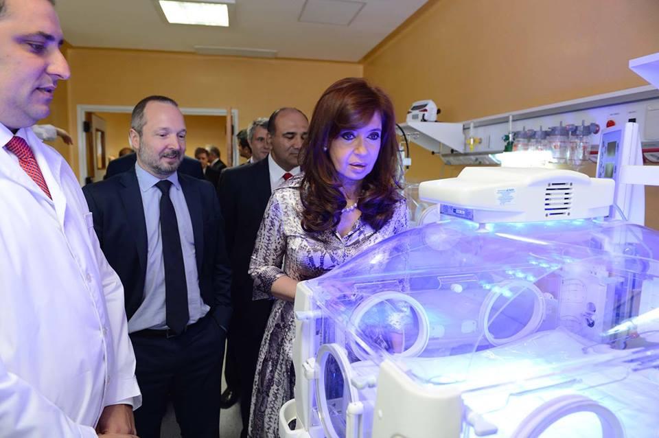 """Inauguración de la primera etapa de la construcción del nuevo Hospital Municipal """"Ostaciana B. de Lavignolle"""" de Morón."""