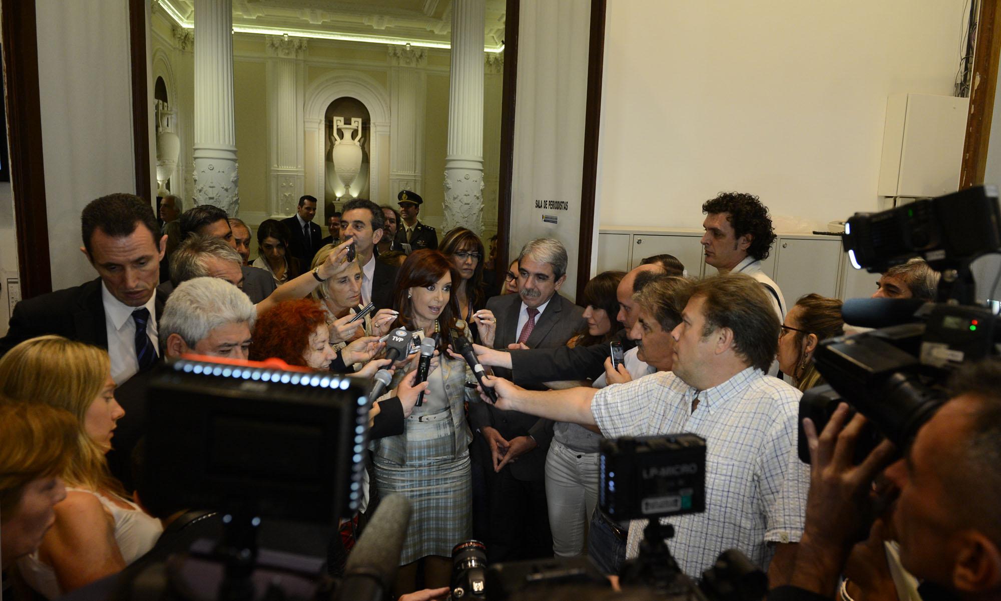 Cristina Fernández brindó con los periodistas acreditados en Casa de Gobierno