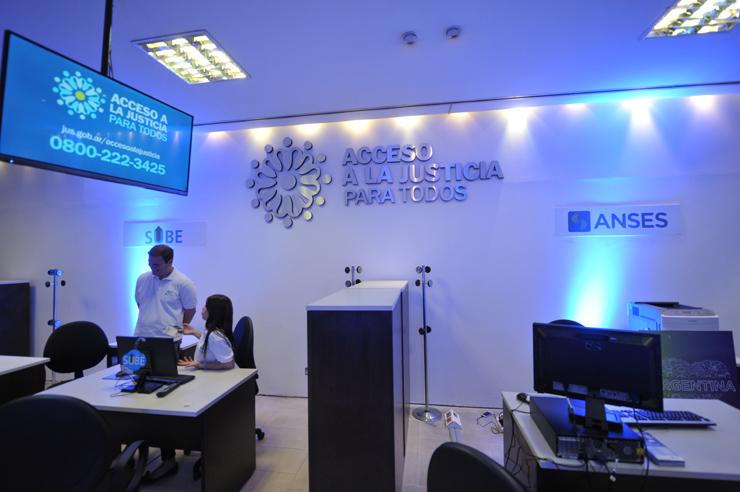Inauguración de un Centro de Acceso a la Justicia en Once.
