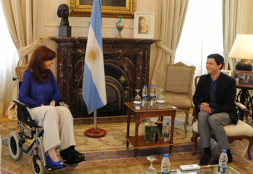 La Presidenta Cristina Fernández de Kirchner recibe en Olivos al economista francés Thomas Piketty, autor del libro El Capital en el Siglo XXI.