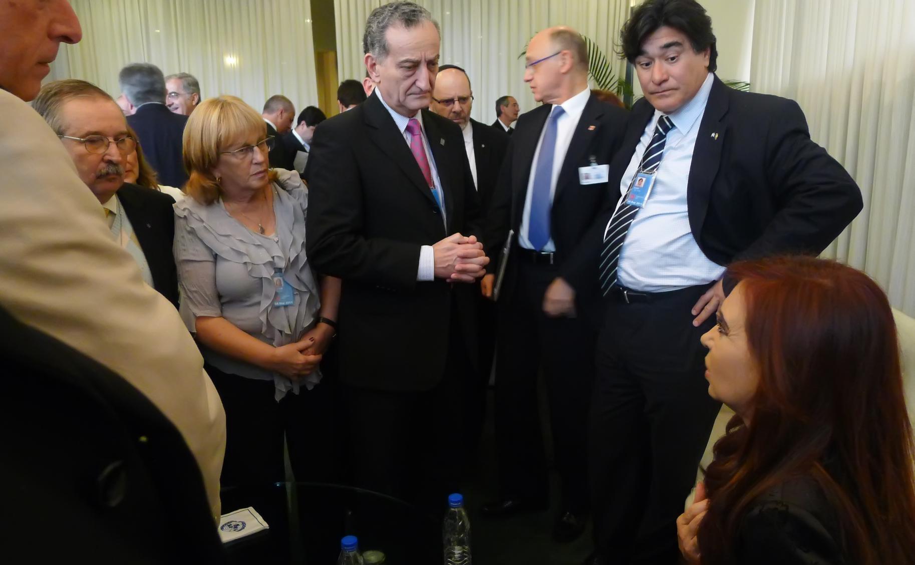 Cristina Fernández fue acompañada en el recinto de la ONU por una delegación de la AMIA y la DAIA.