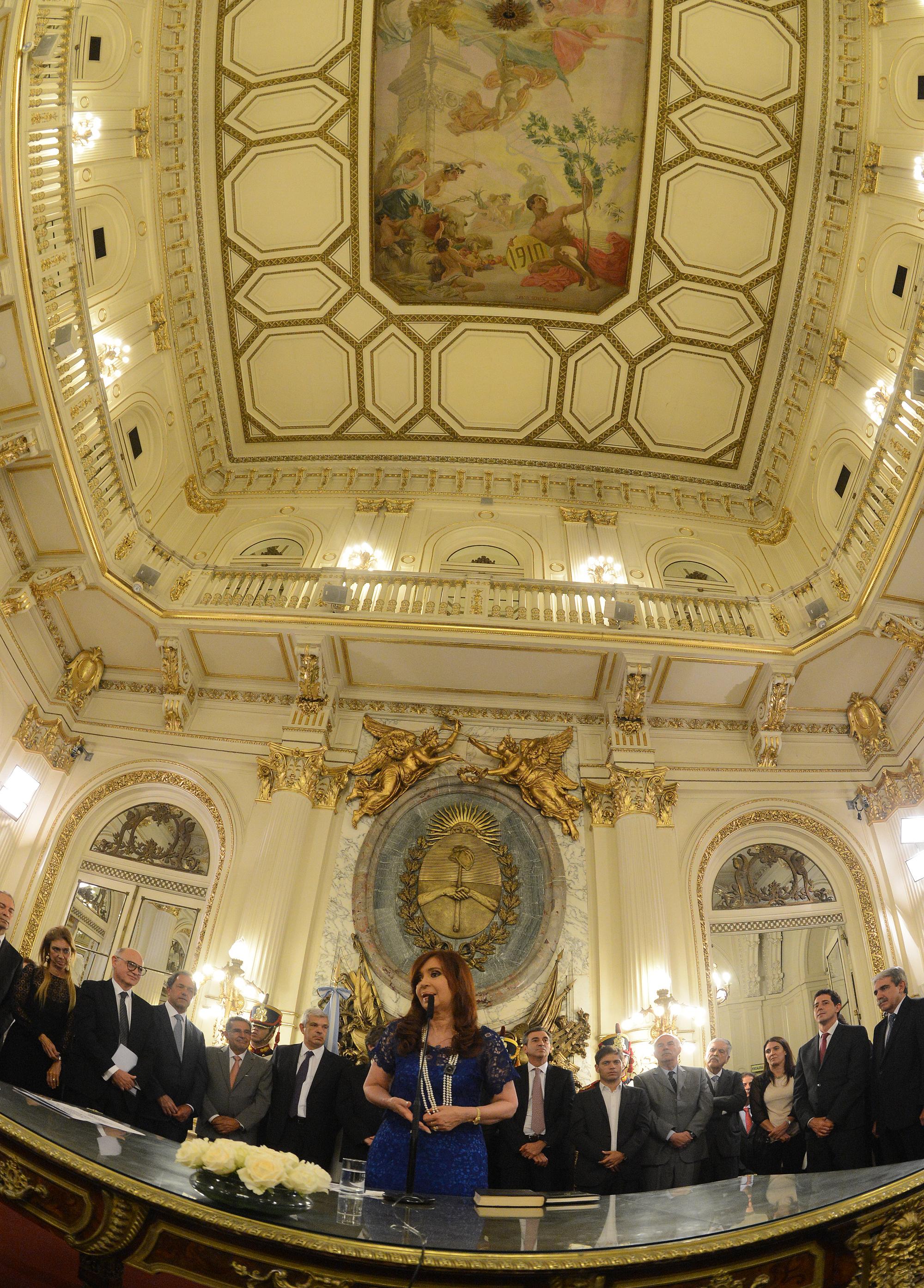 La Presidenta tomó juramento a los nuevos miembros del Gabinete.
