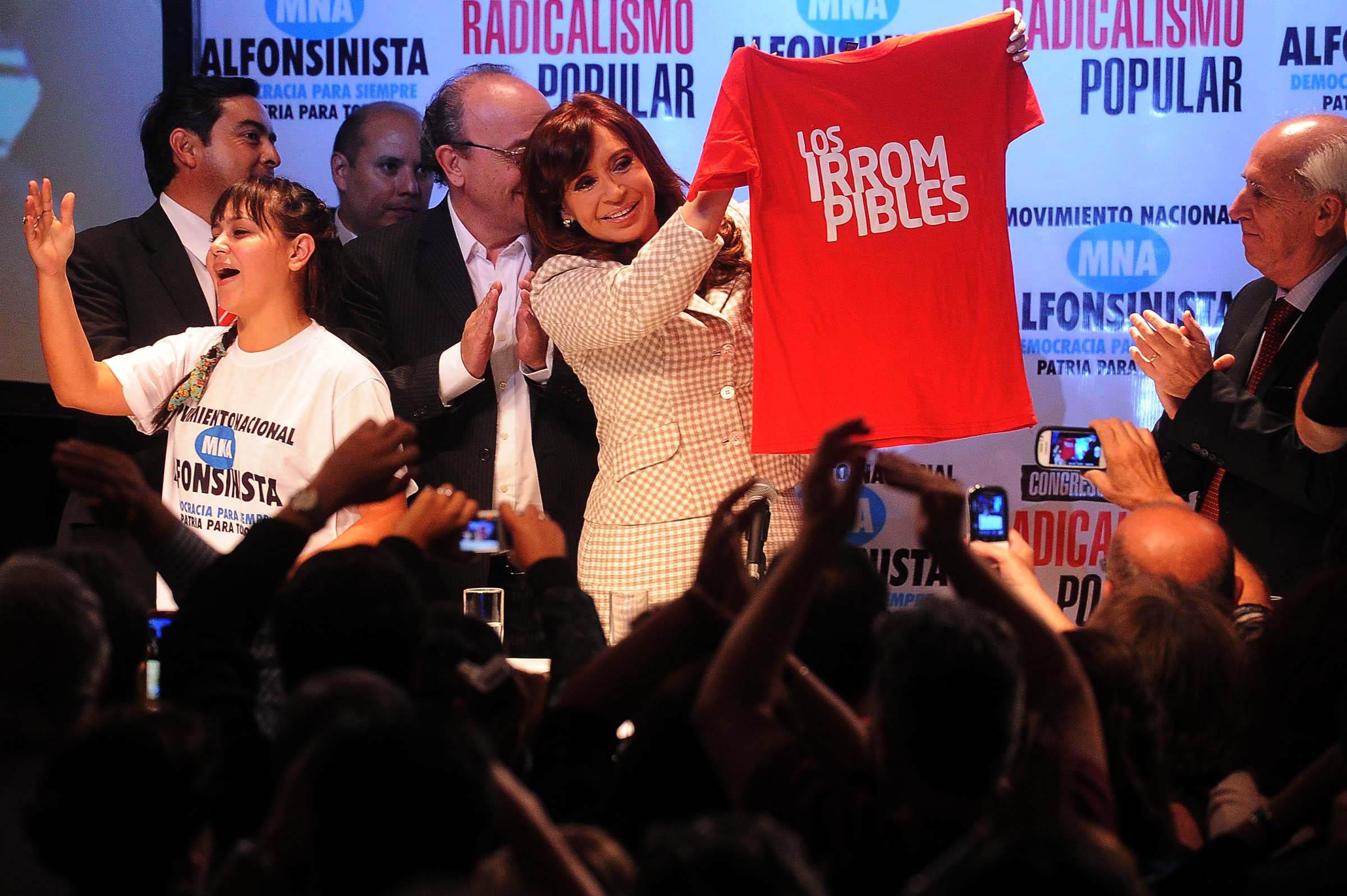 17-04-2015_buenos_aires_la_presidenta_cristina (2)