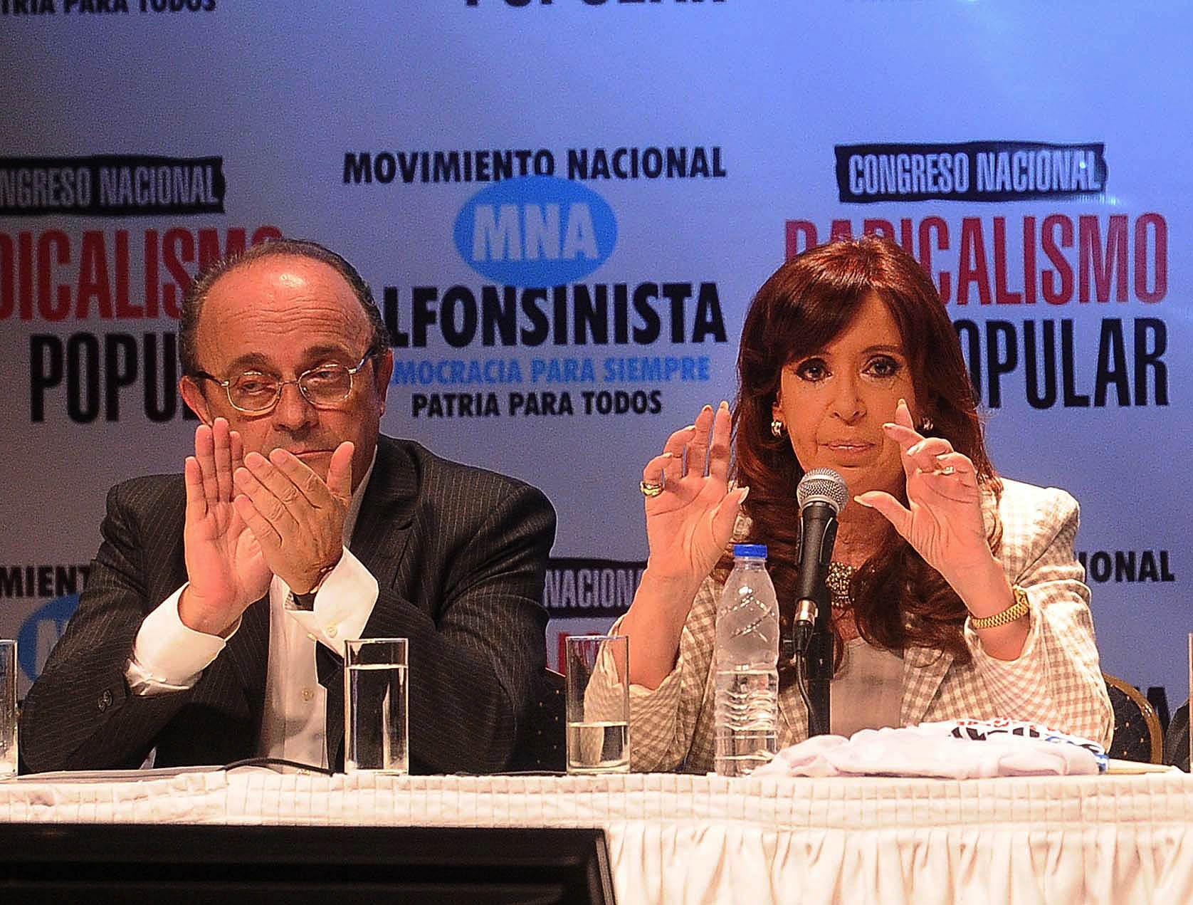 17-04-2015_buenos_aires_la_presidenta_cristina (3)