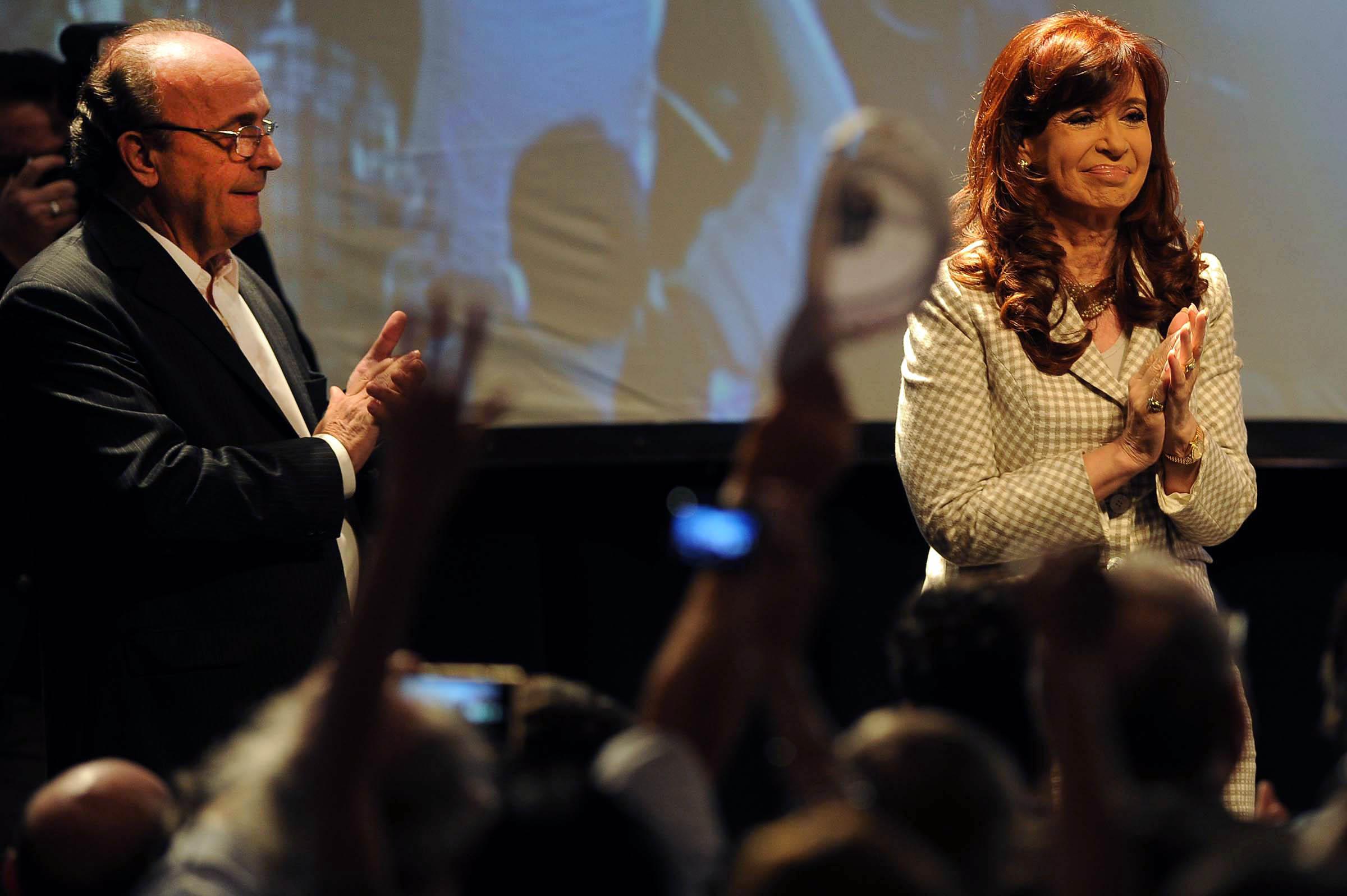 17-04-2015_buenos_aires_la_presidenta_cristina (7)