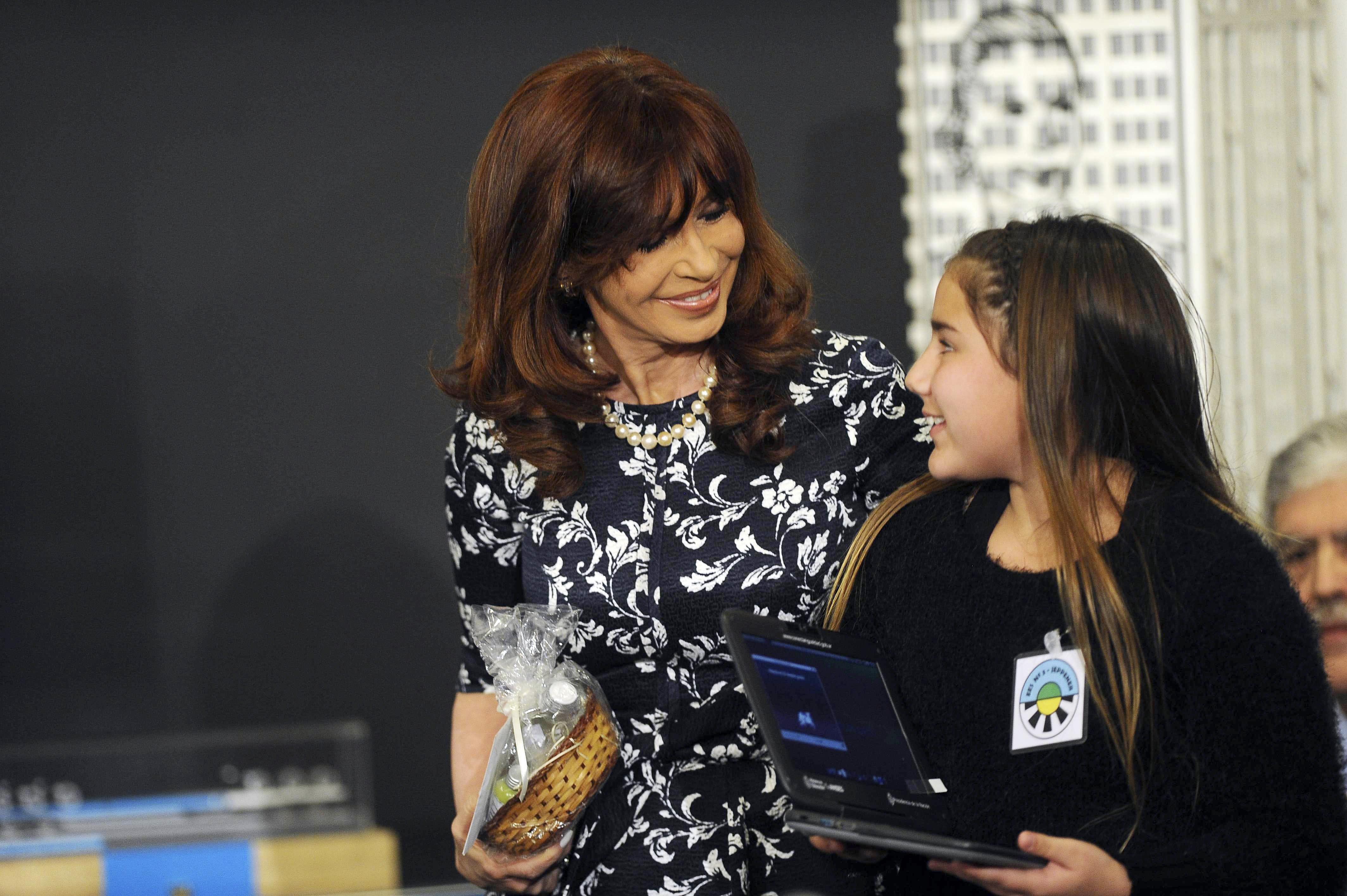01-07-2015_buenos_aires_la_presidenta_cristina (1)