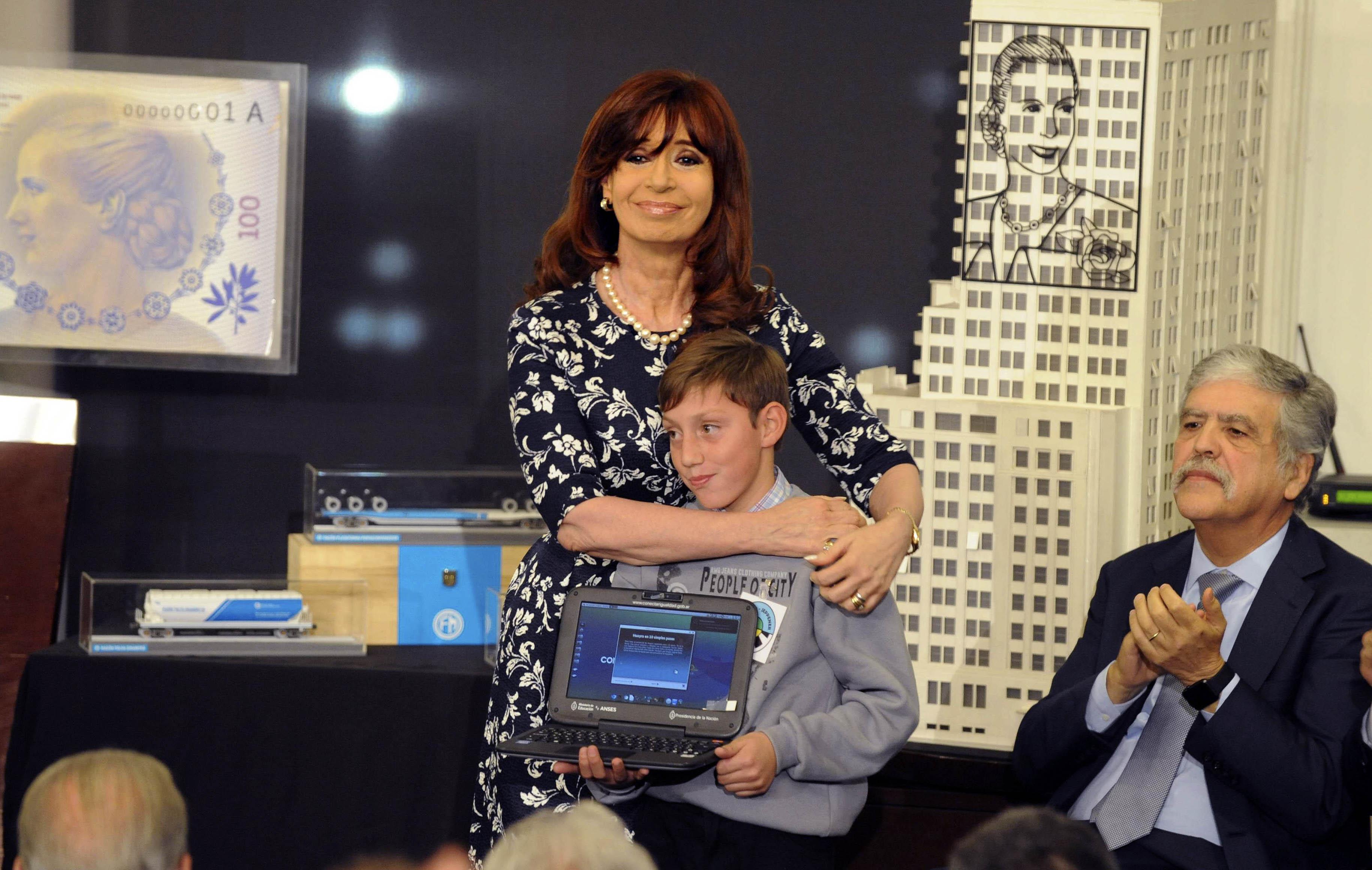 01-07-2015_buenos_aires_la_presidenta_cristina
