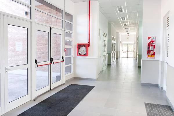Instituto de Investigaciones Económicas y Sociales del Sur (IIESS).