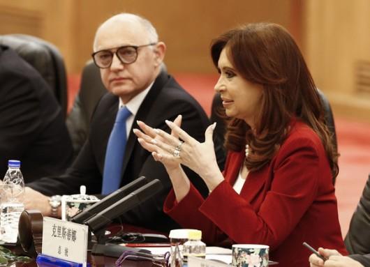 Argentinian+President+Cristina+Fernandez+de+rb_aM4T_6nSl