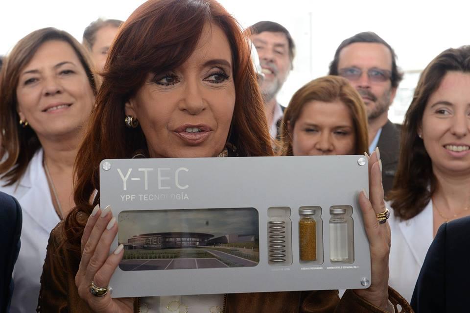 Cristina Kirchner en YPF