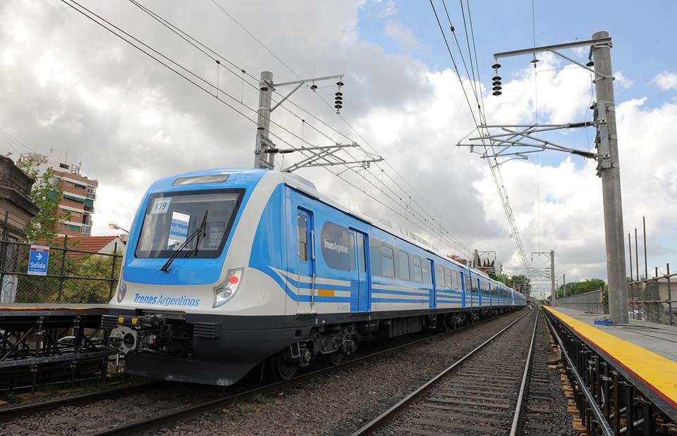 Tren Roca